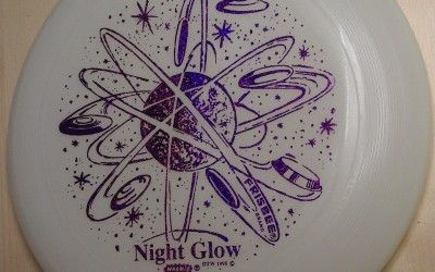 Night Glow Umax Frisbee from Discovering the world