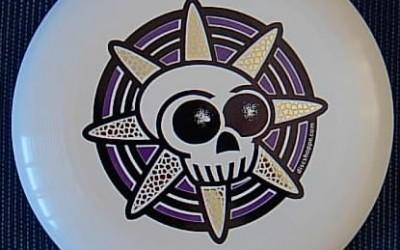 Skull design disc from discshoppe.com